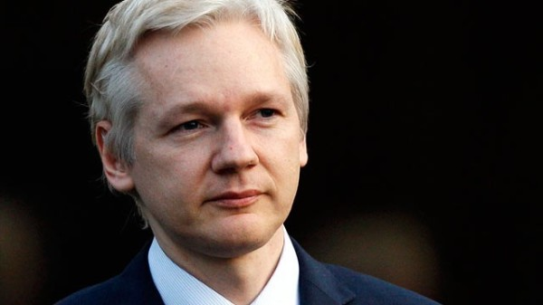 ap_julian_assange_dm_110922_wg